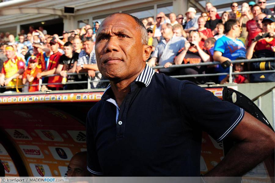 Kombouaré et le Racing Club de Lens défieront l'Olympique de Marseille, dimanche soir