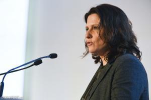 Roxana Maracineanu fustige les banderoles anti-OM.