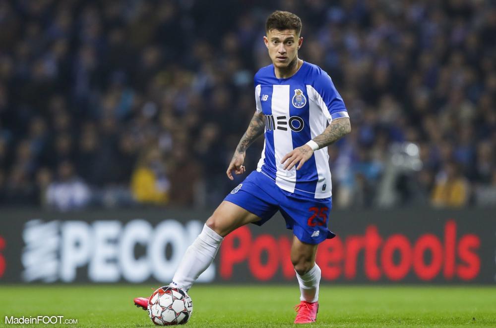 Otavio avec le maillot de Porto