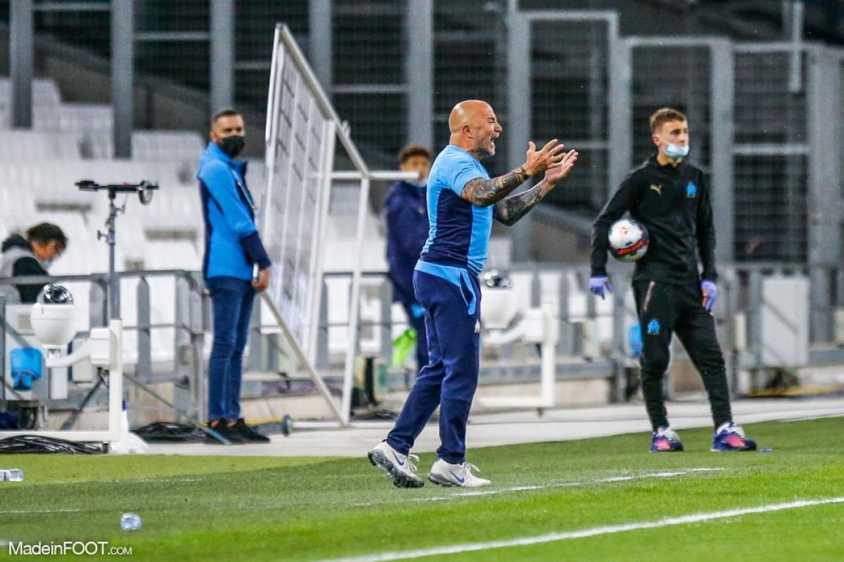 Jorge Sampaoli harangue ses joueurs