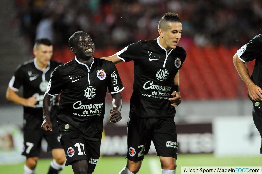 N'Golo Kanté est l'une des révélations de cette saison en L1.