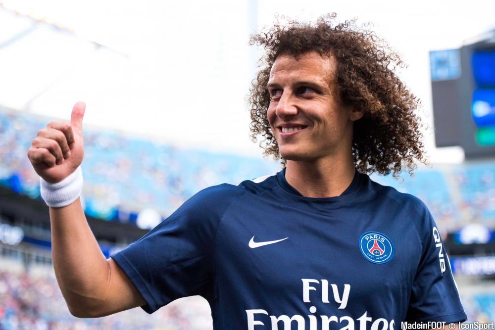 David Luiz avec Paris