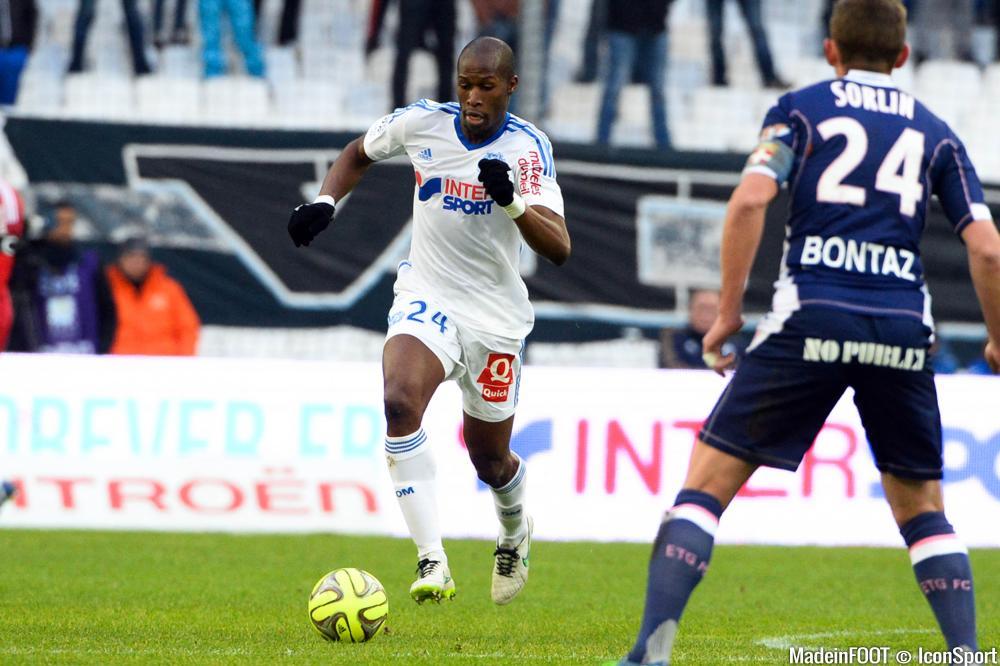 Rod Fanni pourrait quitter Marseille prochainement.