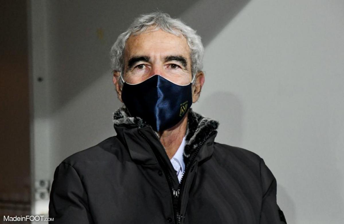 Raymond Domenech a entraîné durant une brève période le FC Nantes cette saison, avec un bilan de quatre nuls et quatre défaites, pour aucune victoire