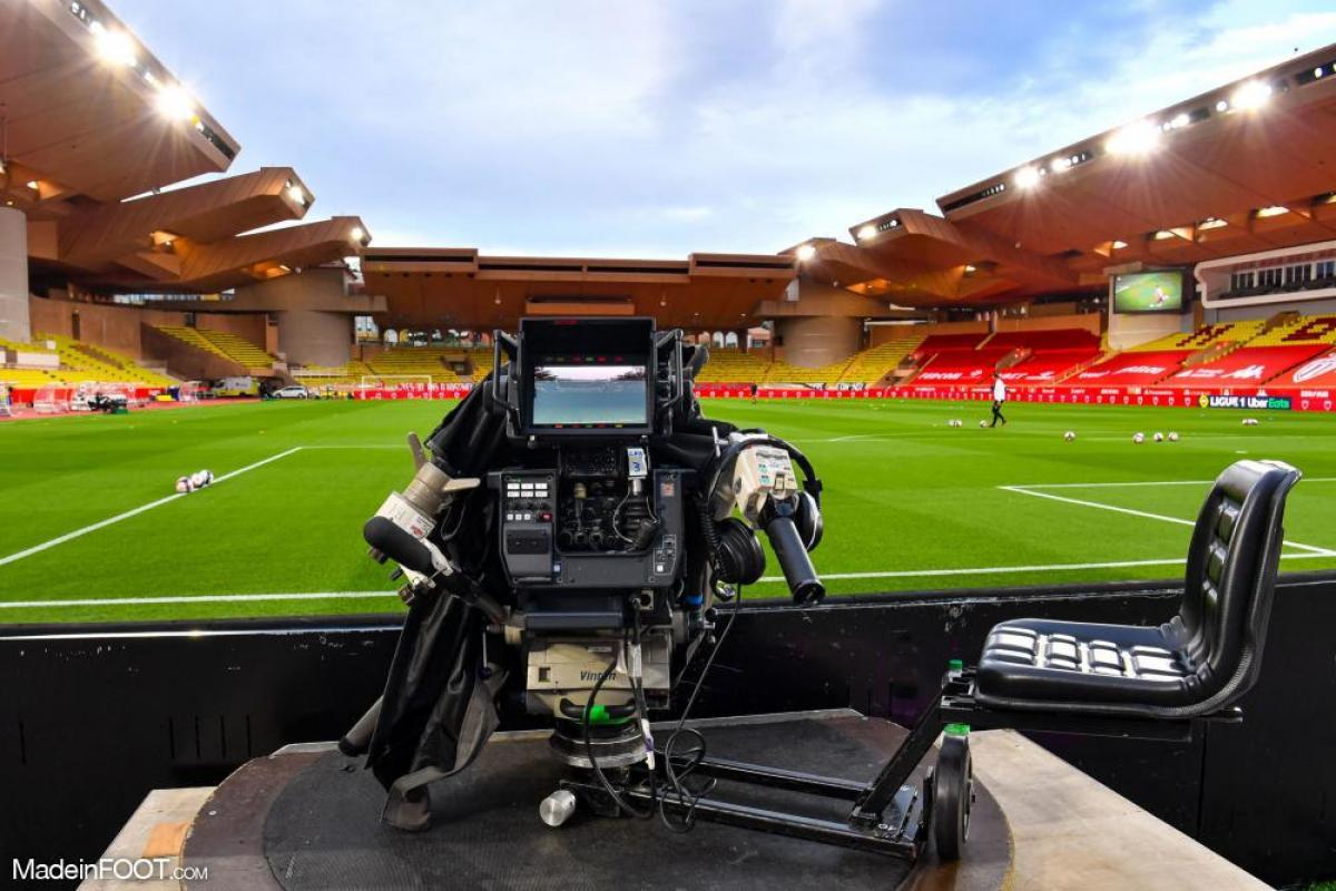 La Ligue 1 reste sur Canal + et va, aussi, débarquer sur Amazon.