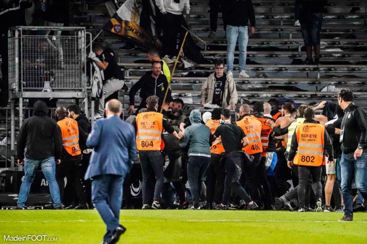 Les incidents entre supporters lors d'Angers-Marseille