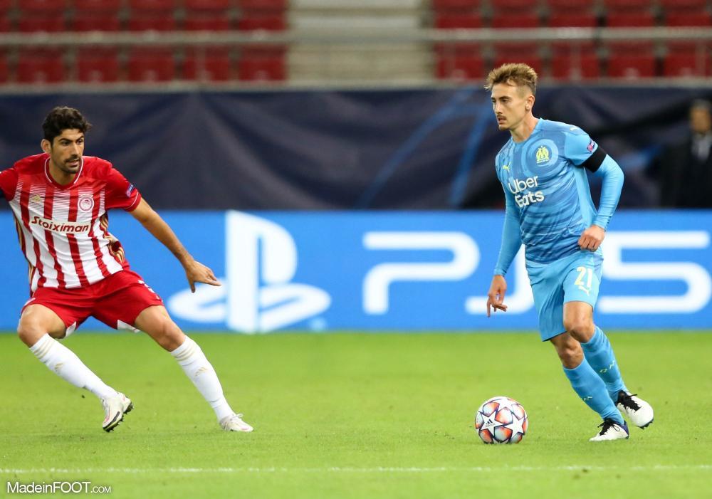 Valentin Rongier lors d'un match de Ligue des Champions avec l'OM